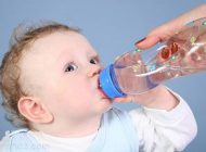 کودکان روزانه چه میزان آب نیاز دارند؟