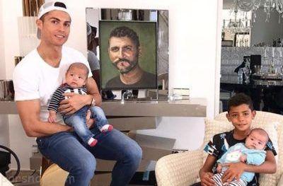 کریس رونالدو و سه فرزندش در خانه سوپر لوکس