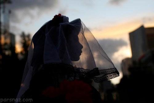 فستیوال زنان مطلقه و دختران باکره به شکل ترسناک