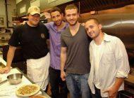 ستاره های مشهور و موفقیت در حرفه رستوران داری