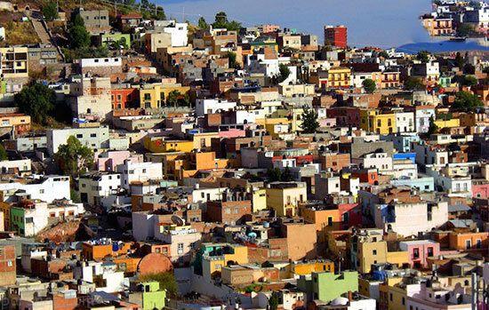 10 شهر زیبا و رنگارنگ جهان را بشناسید