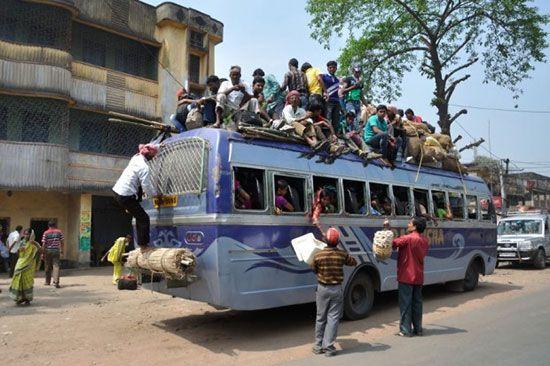 عکسهای خنده دار از روش های عجیب حمل و نقل