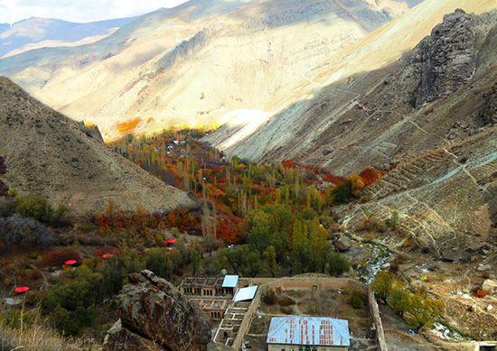 بهترین جاذبه های گردشگری ایران در پاییز