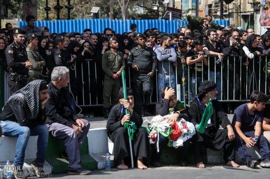 عکس های مراسم خیمه سوزان عاشورا در تهران