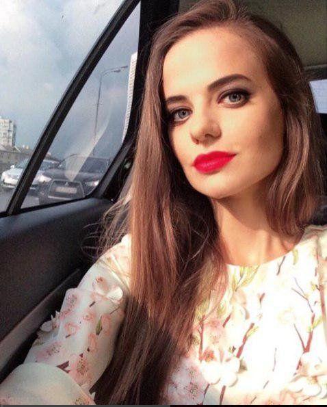 زن جذاب و زیبایی که سخنگوی وزارت دفاع روسیه شد