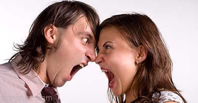 زوج هایی که بیش از اندازه در دعوا عصبانی می شوند