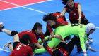 کار خنده دار مرد تایلندی در مسابقات کبدی زنان