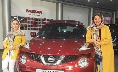 الناز حبیبی و لاله اسکندری مدل تبلیغاتی خودرو شدند