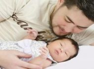 این مرد اتریشی نوزاد سالم به دنیا آورد +عکس