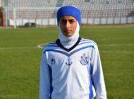 گفتگو با دختری که خانم گل فوتبال ایران است