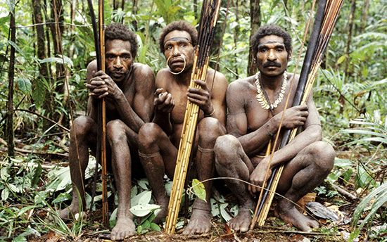 غذای مردم این قبیله خوردن انسان ها است +عکس