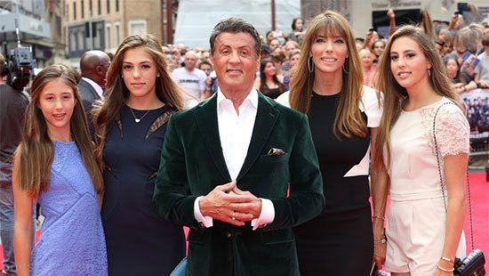 همراه با دختران جذاب و زیباروی سیلوستر استالونه
