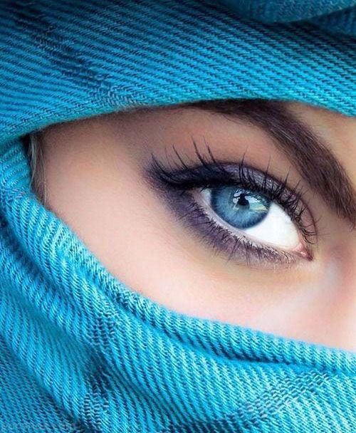 خوش گذرانی مردان عرب با زنان بدکاره در برج العرب