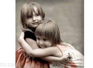 افرادی که خواهر دارند از بقیه شادتر هستند