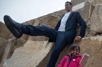 ملاقات کوتاه ترین و بلندترین زن و مرد جهان در مصر