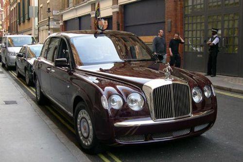همه چیز درباره بنتلی خودرو اشراف زاده بریتانیا