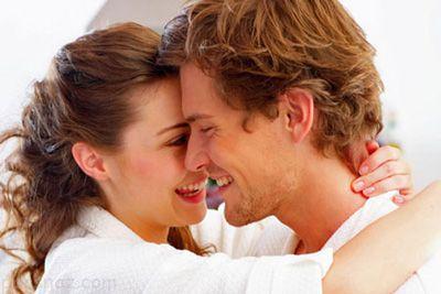 راهنمای تحریک کردن مردان برای خانم ها در رابطه جنسی