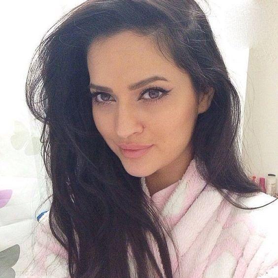 زیباترین دختر افغانی |بیوگرافی حماسه کوهستانی دختر زیبای مدل افغان