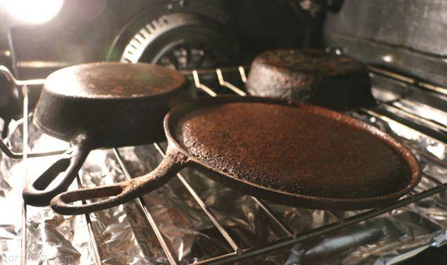 بهترین روش ها برای تمیز کردن ظرف های چدنی | براق کردن ظروف چدنی