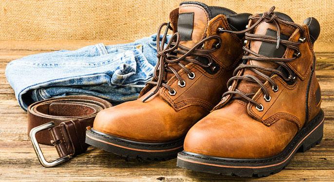 روش ساده پوشیدن بوت، یک کفش زمستانی فوق العاده برای آقایان