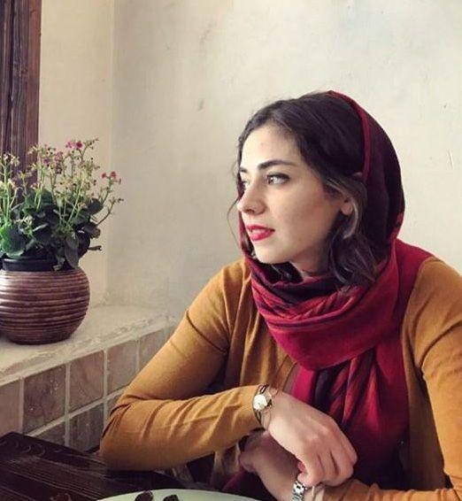 تصاویر نیلوفر رجایی فر بازیگر 25 ساله جوان + بیوگرافی و زندگی شخصی او