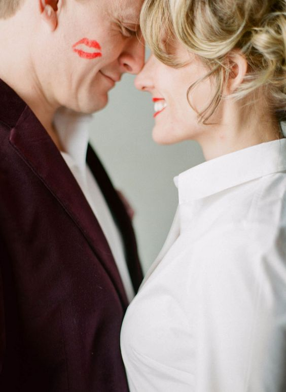 داغ ترین و بهترین روش بغل کردن همسر و دختر +عکس در آغوش گرفتن عشق زندگی