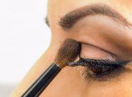 نکات مهم هنگام سایه زدن چشم که باعث می شود زیبا شوید