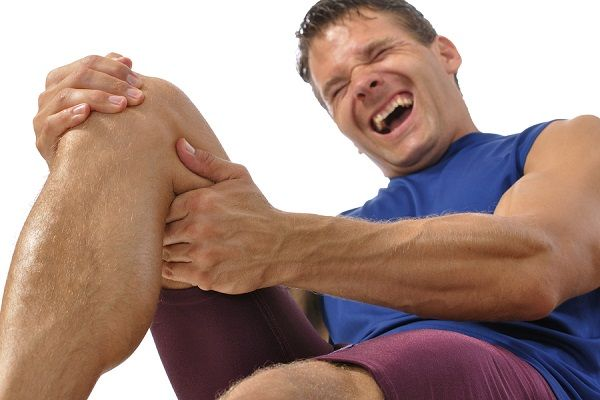 درمان گرفتگی عضلات پا | روش های تاثیر گذار برای رفع گرفتگی عضلات پا