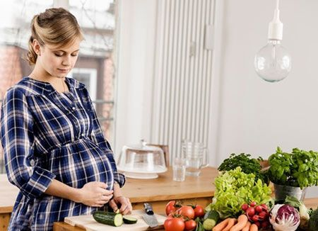 مفیدترین مواد خوراکی برای مادران در دوران بارداری
