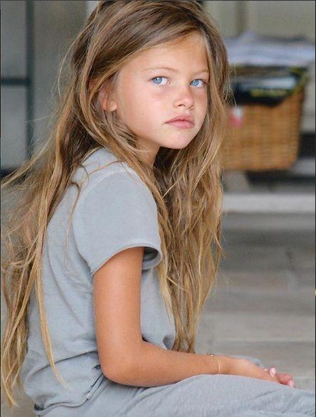 زیباترین دختر چشم آبی تایلن بلوندو دختر چشم آبی با زیبایی خیره کننده