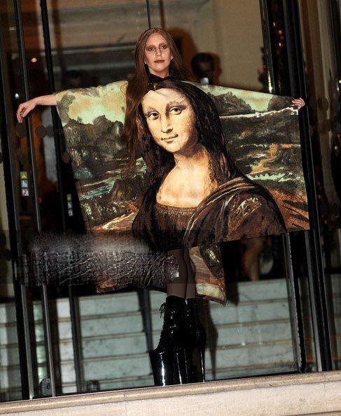 نگاهی به عجیب ترین و خفن ترین لباس های لیدی گاگا