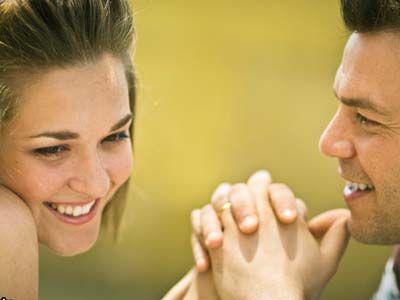راهنمای ارضا کردن شوهر برای خانم ها (آموزش کامل دانستنی های جنسی فقط افراد متاهل)