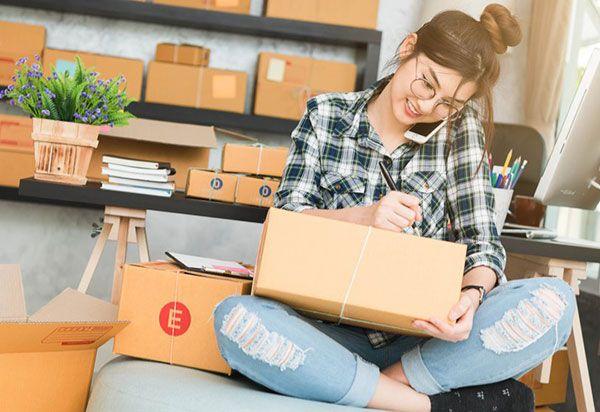 معرفی 20 شغل پول ساز خانگی | کسب و کار پردرآمد در منزل