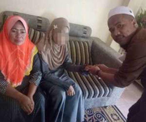 مرد 40 ساله دختر 11 ساله را به حجله برد + عکس و مطالب داغ و جذاب روز