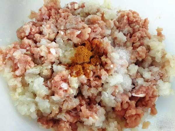 بهترین آموزش تهیه برنج زعفرانی مجلسی +طرز تهیه انواع پختن برنج