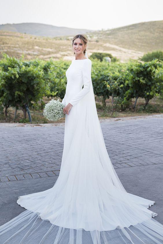 لباس عروس |مدل های لباس عروس 2020 + راهنمای انتخاب لباس عروس مناسب و زیبا