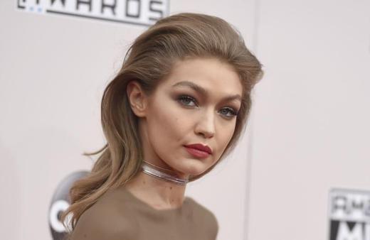 مد گردی با جی جی حدید زیباترین دختر شایسته دنیای مد