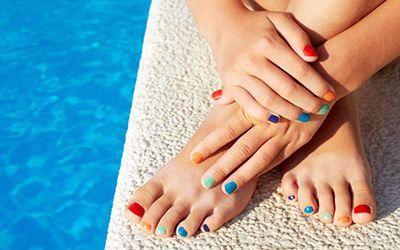 مدل های زیبای لاک ناخن دست و پا + آموزش لاک زدن حرفه ای با اصولی ساده و زیبا