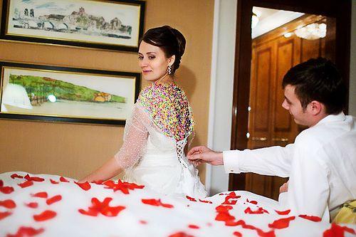 آموزش نکات شب اول عروسی برای نو عروس ها (دانستنی های مهم)