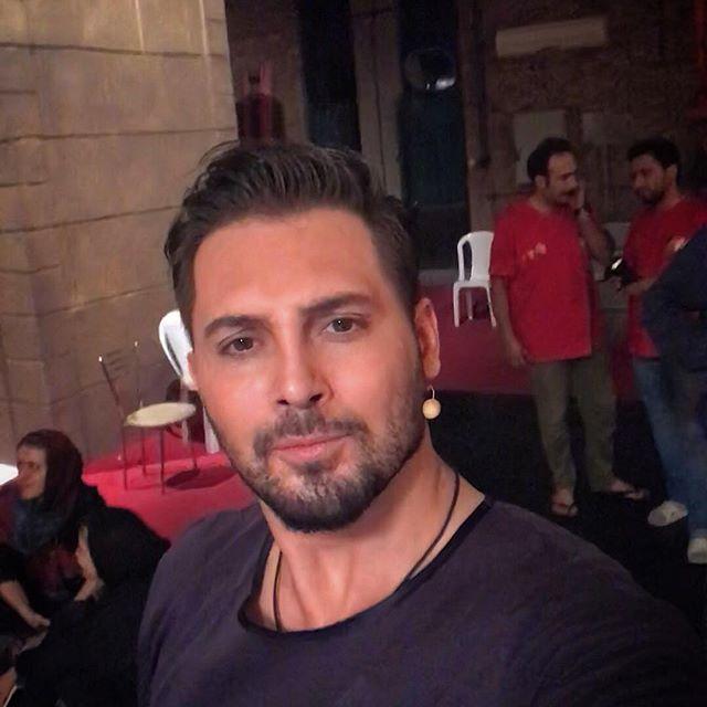 بیوگرافی دانیال عبادی و همسرش +عکس و ماجرای اجرا در شبکه سه