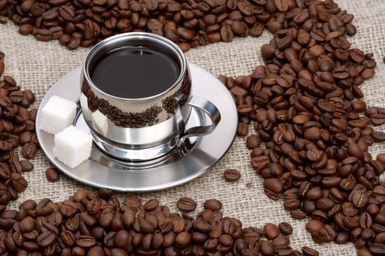 آموزش دم کردن کردن قهوه + فواید نگهداری قهوه در خانه