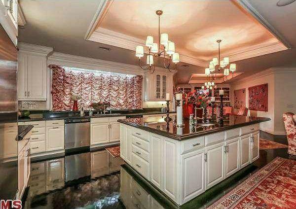 مقایسه خانه لاکچری جنیفر لوپز و ماریا کری | خانه سلبریتی ها چه شکلی است؟