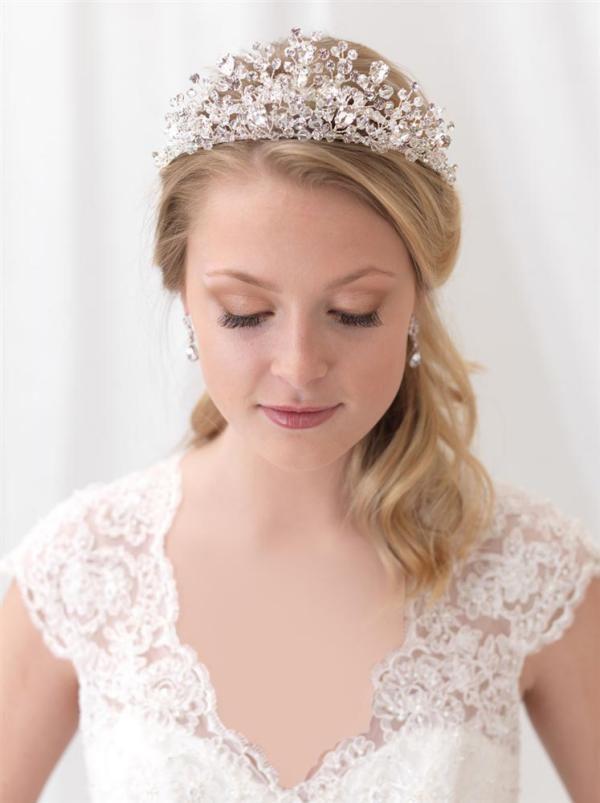 انواع مدل مو عروس و تاج عروس 2020 + نکات مهم رنگ کردن مو