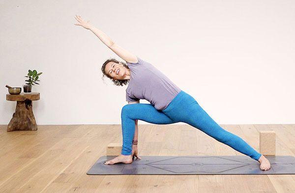 تمرینات خانگی موثر برای از بین بردن چربی های شکم و پهلو | تصویری