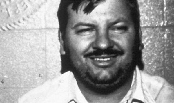 خطرناک ترین و معروف ترین قاتل های سریالی چه کسانی بودند؟ +عکس