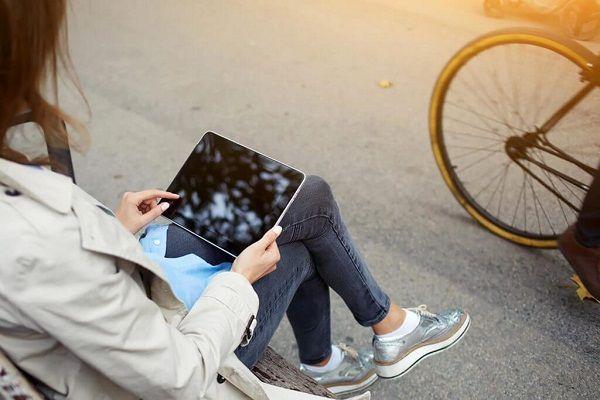 تمام عوارض استفاده زیاد از موبایل، اینترنت و تکنولوژی