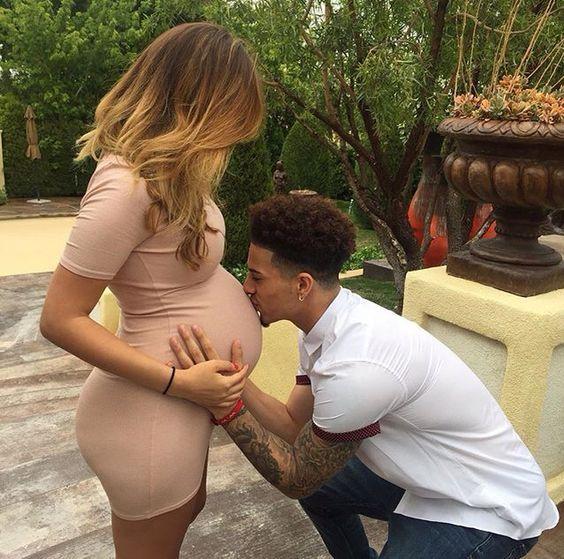عکس پروفایل برای دوران بارداری   عکس های عاشقانه بارداری زن و شوهر