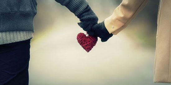 چگونه دختر مورد علاقه مان را جذب و عاشق خودمان کنیم؟