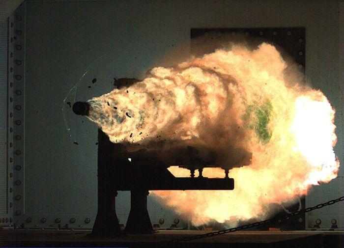 معرفی سلاح های عجیب و خطرناکی که برای جنگ ساخته شده اند