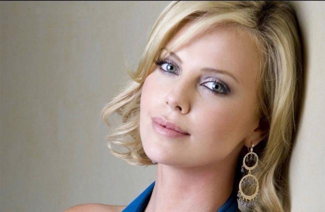 زیباترین سلبریتی ها بدون آرایش + زیباترین چشم ها در بین ستاره های مشهور